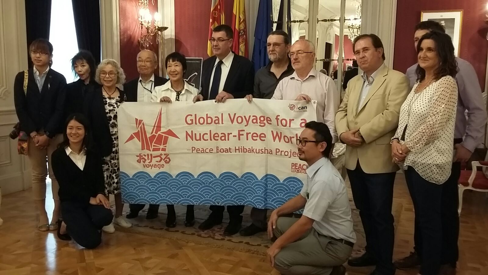 The Peace Boat visits Spain to raise awareness of the need of a nuclear ban